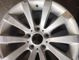Alloy wheel refurbishment – Before